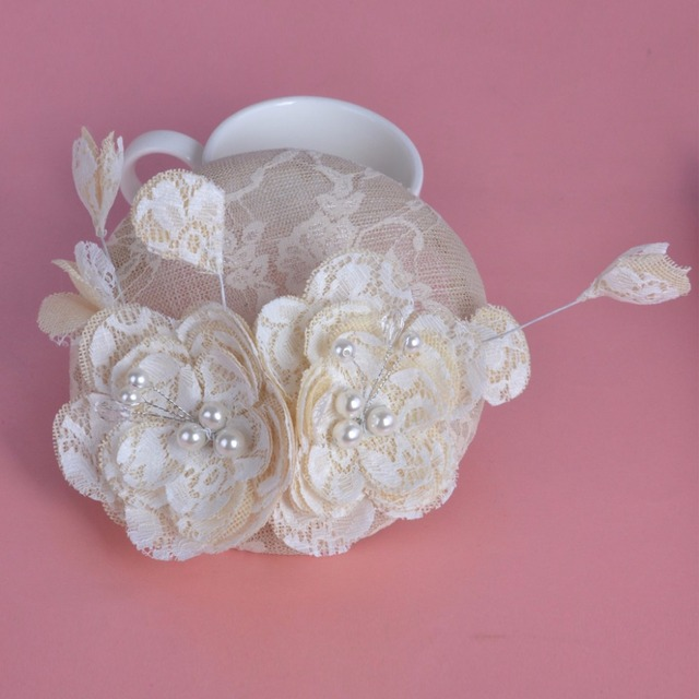 2017 Nova Chapéu De Casamento Veils Pérolas Flor de Noiva Acessórios Para o Cabelo Luz Tule Chapéus Do Casamento para Noivas