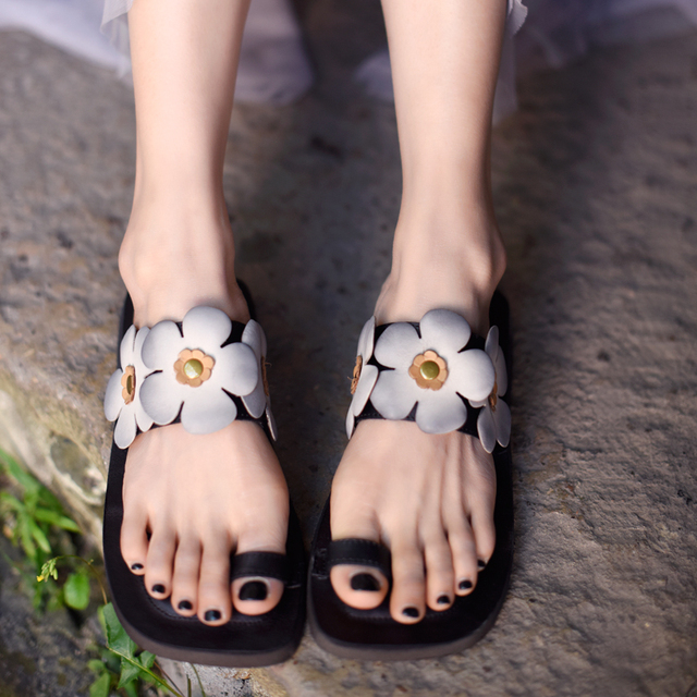Ladies Genuine Leather  Clip Toe Handmade Sandals