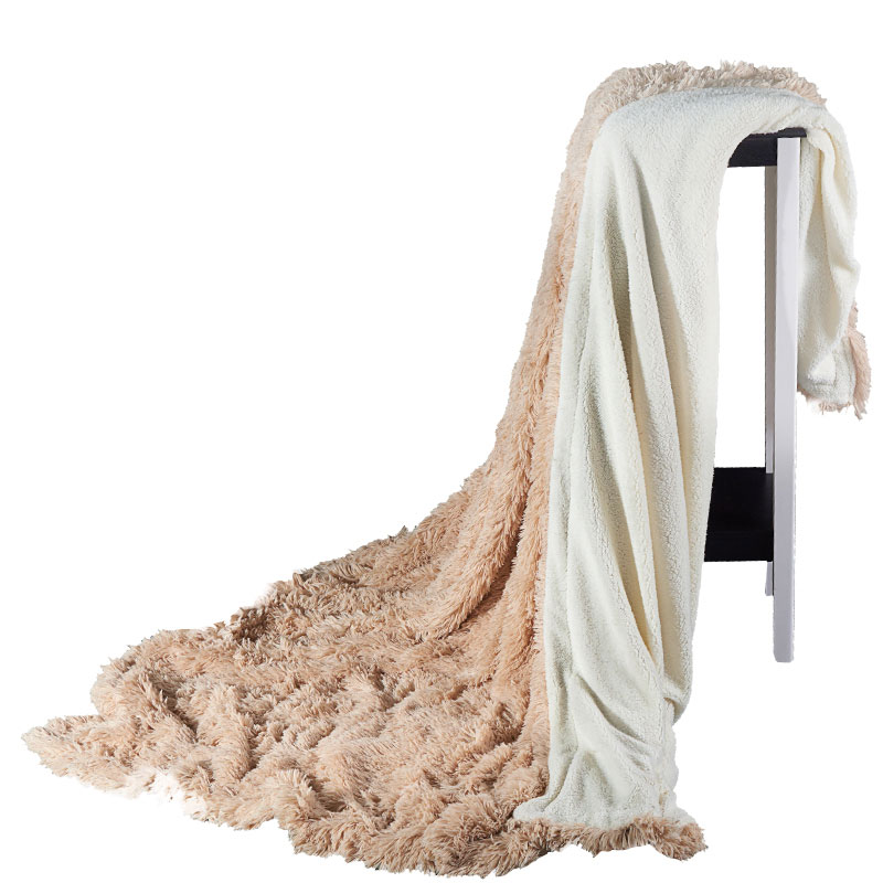 In the sofa / bed children blanket, the winter warm mink velvet blanket is comfortable and warm, so its portable.