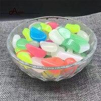 100 G/SZTUKA Sztuczne Luminous Świecić W Ciemności Pebbles Kamień Aquarium Fish Tank Dekoracji Akcesoria Dla kobiet DIY Moda miłość