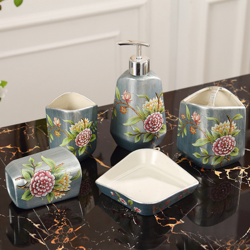 European Baroque Style Ceramic Bathroom Set Fivepiece Accessories Toiletries Toothbrush Cups With Soap Box Kit In
