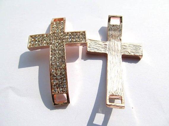 Top qualité croix latérale en métal entretoise en or rose mélangé cristal strass bijoux perles focal anneau 35x55mm 30 pièces