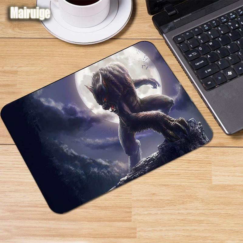 Mairuige Werewolf Top Selling Customized Werewolf Gaming Mats Design Mouse Pad Laptop Computer PC Mouse Mat Mechanical Keyboard