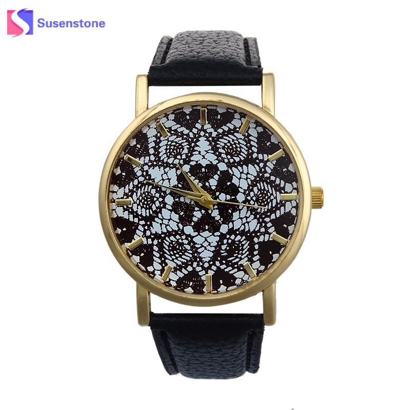 купить Fashion Woman Watch Retro Lace Flower Printed Faux Leather Band Analog Quartz Wrist Watch Gift Ladies Casual Sport Watches по цене 89.86 рублей