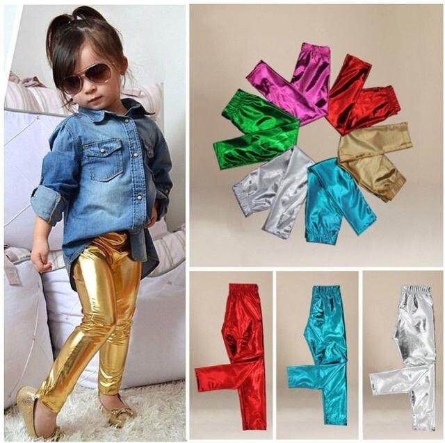 Стильная модная детская одежда Обувь для девочек одноцветное блестящие обтягивающие леггинсы длинные Брюки для девочек Мотобрюки летние золотистые Красный Зеленый Серебряный детей штаны для девочек От 1 до 9 лет