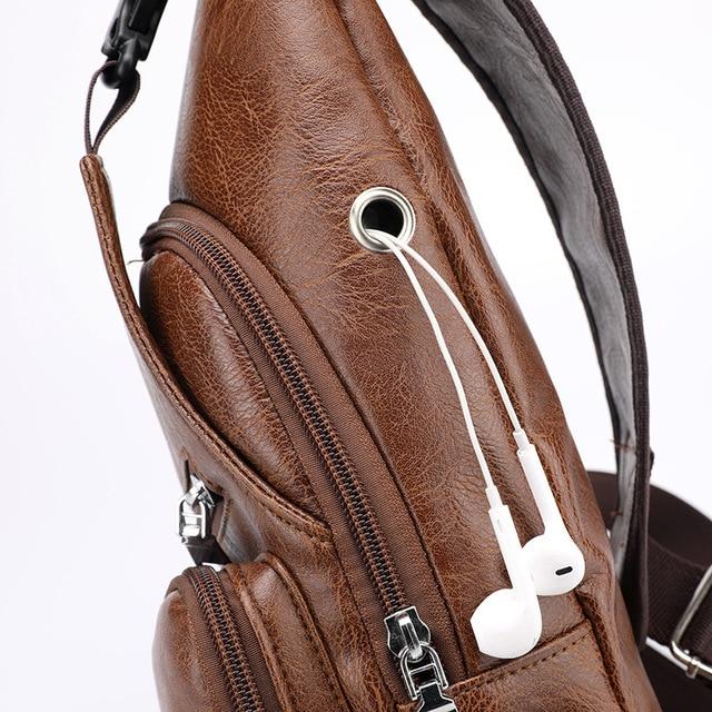 Men's Crossbody Bags Men's USB Chest Bag Designer Messenger bag Leather Shoulder Bags Diagonal Package 2019 new Back Pack Travel 2