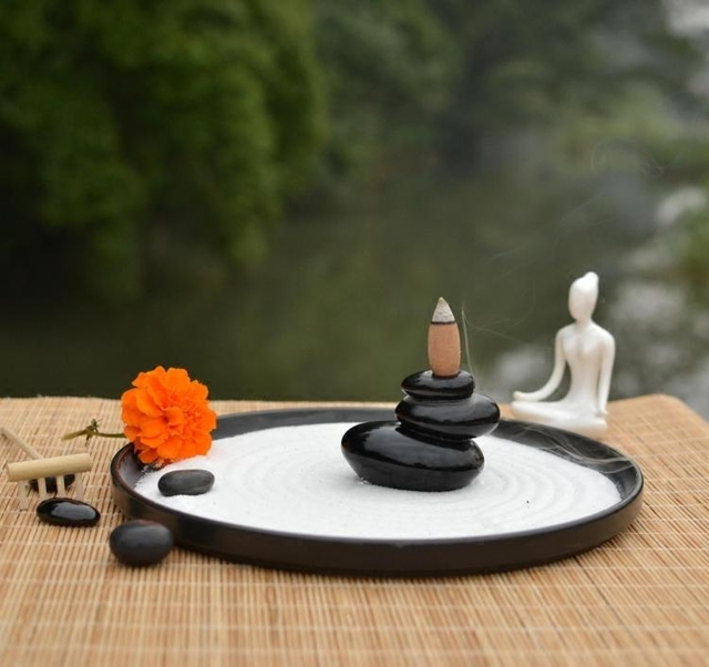 Japan Style Yoga Zen Garden Statue Women Meditate Ceramic