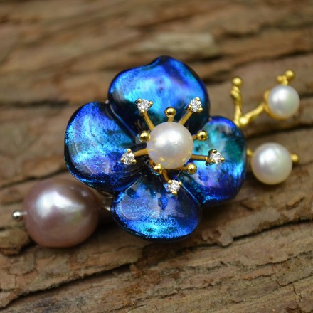 Amxiu Customized Natural Pearls 925 Sterling Silver Jewelry Pins Natural Glass Blue Flower Brooches for Women Party Accessories