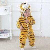 Baby Pajacyki 2017 Chłopcy Sleepwear Dziewczyny Noworodka Ubrania Panda Kreskówki Kombinezon Piżamy Ciepłe Cute Animal L430 Macacao