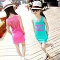 Top New 2016 vestido da menina de verão do bebê meninas vestido de colete de algodão saco do bolso oco hip bebê roupa da menina casual vestido Top venda