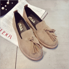 The new 2016 autumn small round fringed suede shoes Korean version of College Wind frosted shallow mouth singles shoes    A106