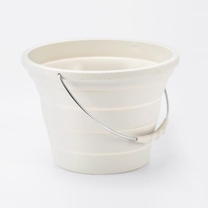 Image 2 - Xiaomi 7.2L Foldable Silica Gel Bucket Portable Durable Easy To Clean Household Outdoor Travelling Fishing Outing Car Washing