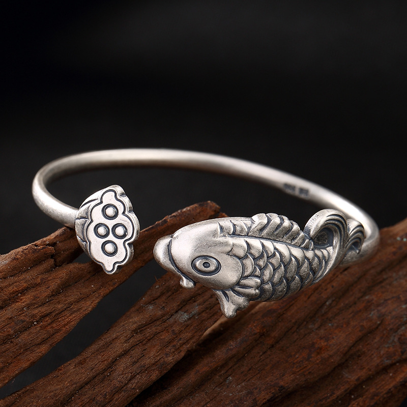 Armbanden Voor Vrouwen S999 Fine Carp Lotus Opening Restoring Ancient Ways Mr Ring Wholesale Sterling Bracelet Lady Personality s999 fine silver lotus pisces play lady bracelet wholesale sterling silver folk style ways openings