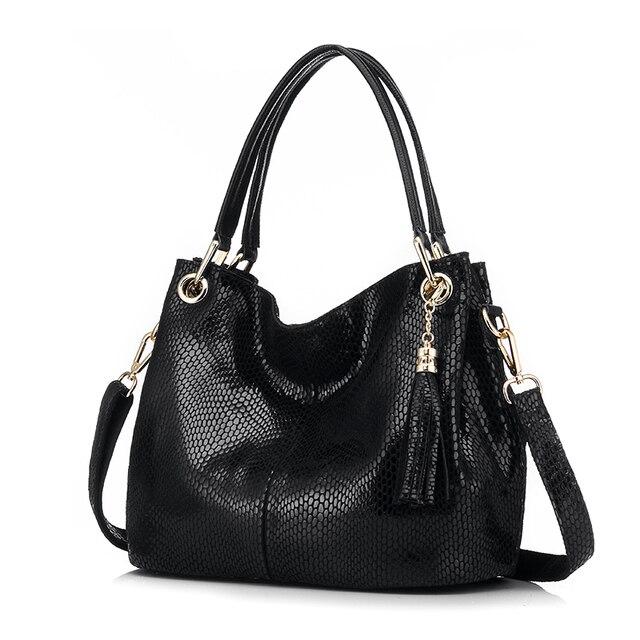 Женская ручная сумка из натуральной кожи с короткими ручками REALER