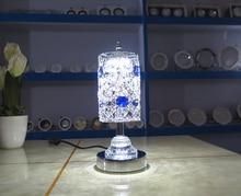 Алюминиевый Crystal LED небольшая настольная лампа рядом с гостиной личность и творческий глаз прикроватные огни настольный компьютер Z0161