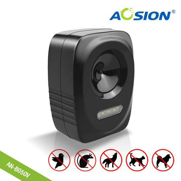 Free shipping Garden Electronic with flashing ultrasonic animal repeller Birds Dogs Cats Fox Deer Repellent Deterrent
