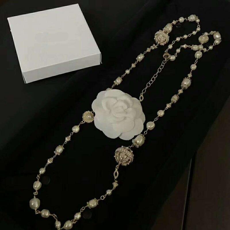 Joyería de moda para mujer collar largo diamantes de imitación C marca Vintage cobre diseño moda fiesta collar-in Collares de cadena from Joyería y accesorios    1