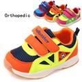 NOVO!!!! 1 par de bebê da marca sneakers crianças menino/menina de borracha shoes, adorável super qualidade kids shoes