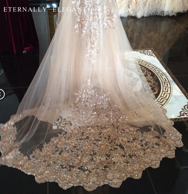 Gorgeous 2018 Shinny White Ivory Cathedral Length Sequin Lace Edge Wedding Bridal Veil With Comb Wedding