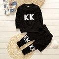 Conjunto de roupas de bebê crianças 2 pcs roupas esporte terno crianças roupas jogo mola menino meninas casaco + dá um tapinha 2 pcs set az07