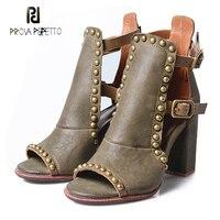 Prova Perfetto пикантные туфли с открытым носком на не сужающемся книзу массивном каблуке Женские сандалии гладиаторы заклепки натуральная кожа