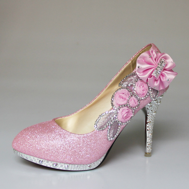 b3d13e132ff0 YIERFA Wedding Shoes White Beautiful Vogue lace Flowers Crystal Party Shoes  8cm