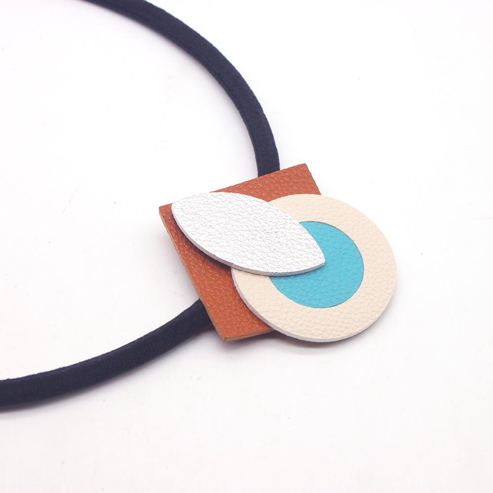 2019 New Leather Necklaces Pendants Handmade Choker Jewellery High Quality Necklace Jewelry For Women Gift in Choker Necklaces from Jewelry Accessories