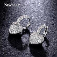 Newbark clásico corazón pendientes oro blanco plateado pendiente del aro pavimentada cubic zirconia joyería para las mujeres de la boda