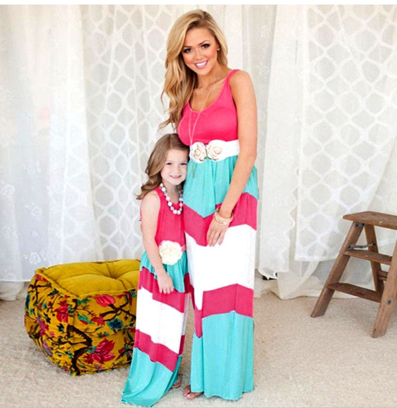 HTB1G2evKFXXXXaYaXXXq6xXFXXXT summer Mommy and me family matching mother daughter dresses clothes striped mom dress kids child outfits mum sister baby girl