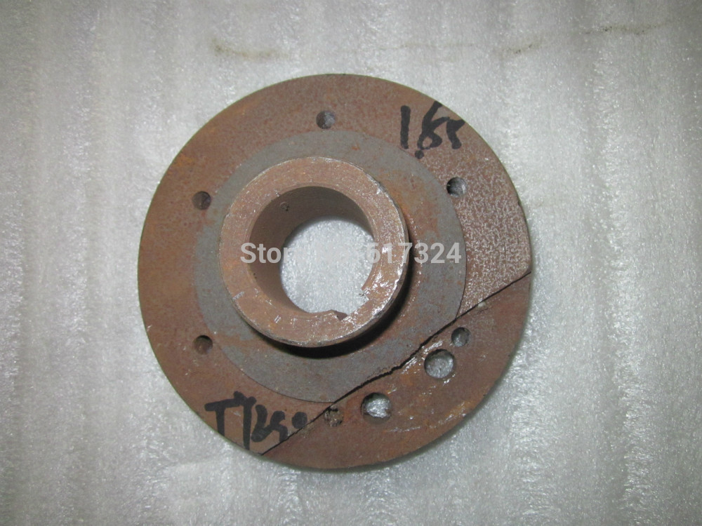 Jinma or weituo tractor with TY290X TY295X, the crankshaft pulley, part number:TY290X.04.103 ep4ce15e22c8 or ep4ce15e22c8n