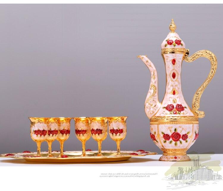 Luxury European Sherbet Mass Volume Sherbet Set  Gold Goblet Engraving Shot Cup  teaware Home Decoration
