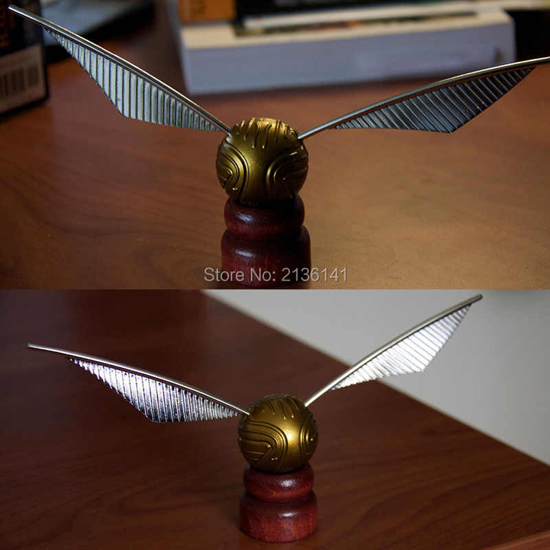 Harri Potter Quidditch Golden Snitch Limited Supply