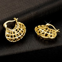 Vintage Hollow Out Earring Gold Plated Women Gift Hot Sale Fashion Jewelry Flowers Basket Shaped Unique