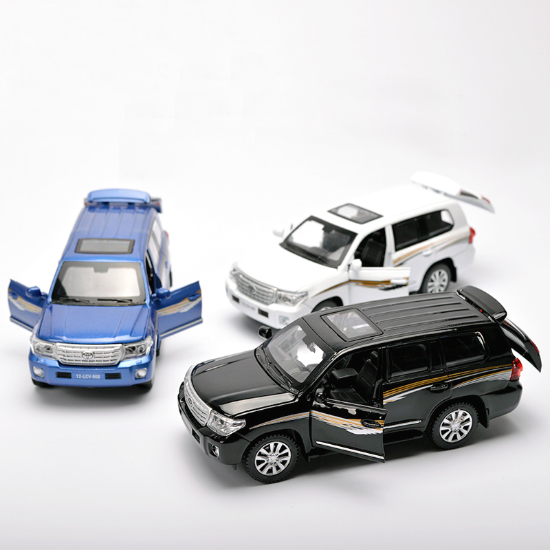 1-32-Land-Cruiser-SUV-Alloy-Car-Model-Toys-Pull-Back-LightMusic-Toys-For-Children-Boys-Diecasts-Collections-Gift-Vehicles-Toys-4