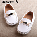 Aercourm A 2017 New Summer White Children Shoes Leather Single Shoes Boys Girls Boat Flat Shoes Kids Casual Metal Sneakers 21-28