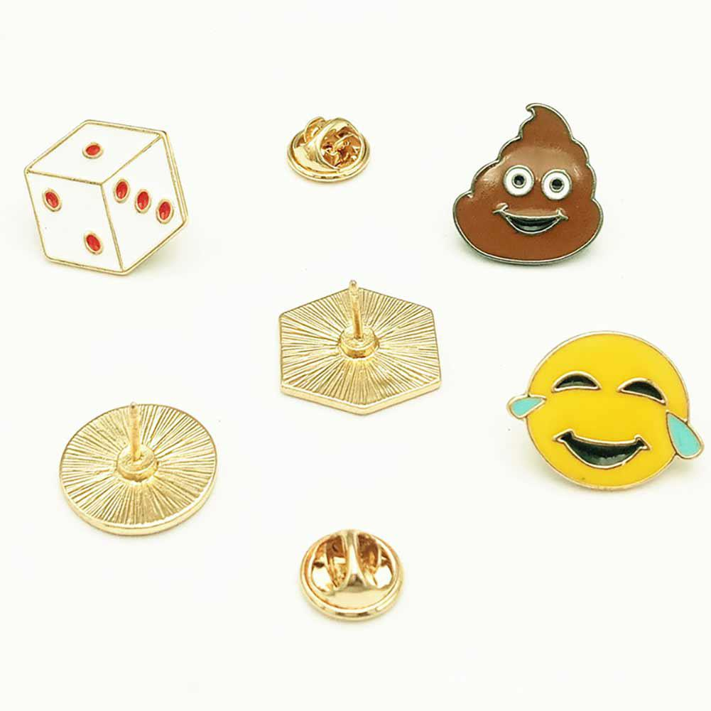 XIUFEN 1PC Colored Cartoon Expression Brooch Cute Alloy Stool dice Emoji Corsage Clothes Ornament Gift
