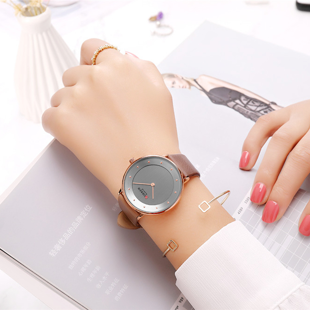 Charm Analog Quartz Women Watches CURREN New Fashion Ladies Dress Leather Wristwatch Female Clock Valentine Gift Bayan Kol Saati
