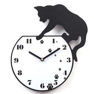 Image 1 - Gorące naklejki ścienne naklejki ścienne śliczne ślady zegar akrylowy nowoczesne dekoracje do domu dekoracje w domu