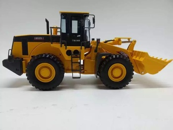 Collectible Alloy Model Gift 1:35 Ratio XCMG ZL50G Wheel Loader Engineering Machinery Vehicles DieCast Toy Model For Decoration