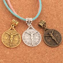 Saint Jesus Benedict Patron Medal Crucifix Cross Beads 50PCS Antique Silver/Gold/Bronze Dangle Fit European Bracelets B1658 saint jesus benedict nursia patron medal crucifix cross charm pendants jewelry diy 11 8x15mm 200pcs lot antique gold a 381
