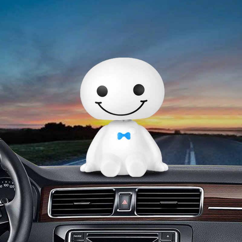 車の飾りかわいい首振りbaymaxロボット人形自動車装飾オートインテリアダッシュボードへまヘッドおもちゃアクセサリーギフト