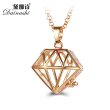 Wholesale 5pcs Diamond Perfume Aromatherapy Pendant Essential Oil Diffuser Locket Cage Necklace Pendant For Women Gift Jewelry