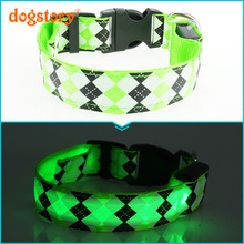 Hot Sales Luminescent Rhombus LED Nylon Dog Collar Flash Cat Dog Harness Pet Supplies Christmas Accessories