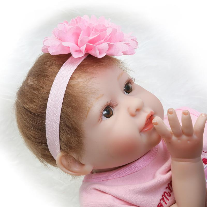 Popular Lovely 22 inch 55cm Reborn Baby Girl Dolls Vinyl Silicone Newborn Doll With Cotton Body Realistic Looking Girl Gift Toy