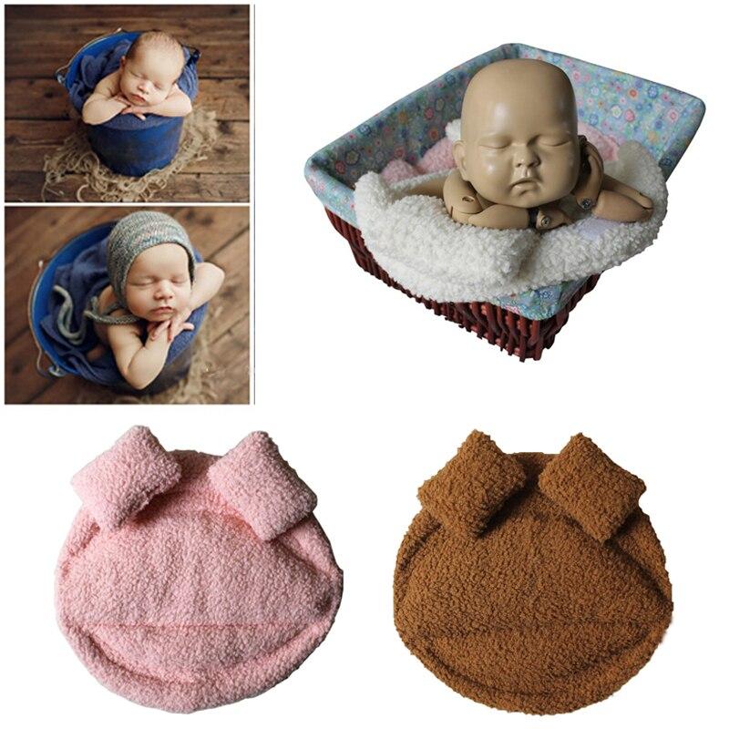 posando travesseiro recem nascido cesta aderecos estudio fotografia 05