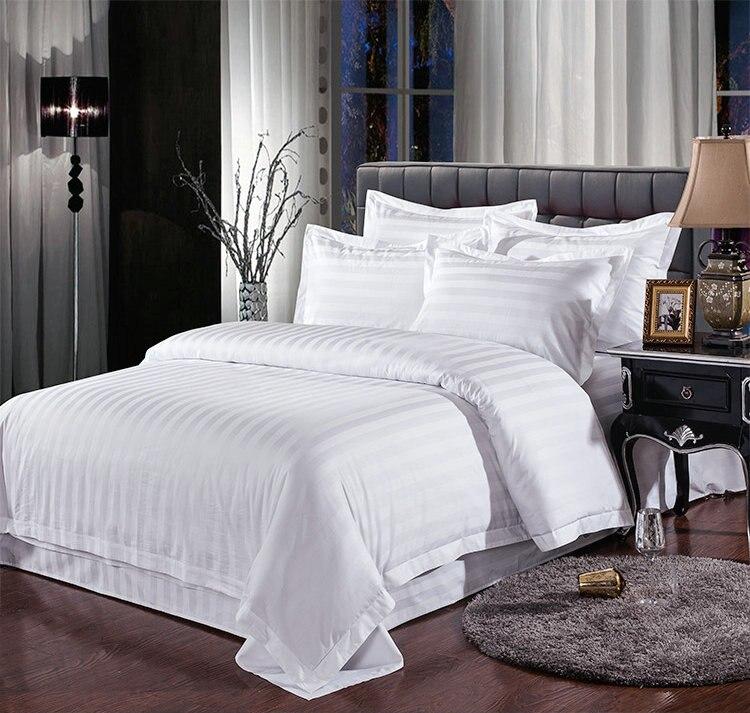 Consecutive bianco Hotel bedding set regina re 4 pz letto set Solido copertina a colori duvet lenzuolo di cotone per Camera tessili per la casa-in Completi letto da Casa e giardino su  Gruppo 1