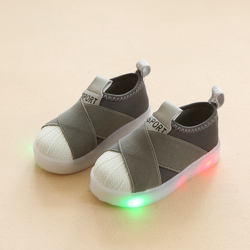 New 2018 European fashion lighted New brand baby casual shoes Cool high quality baby sneakers casual hot sales boys girls shoes