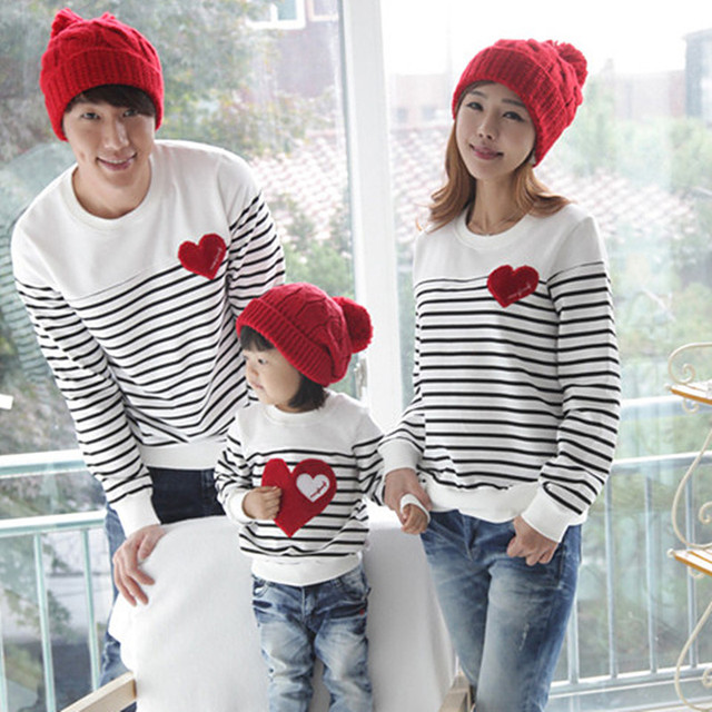 a0d20d73f2a New Autumn   Spring Cute Family Look Matching Outfits Mother Daughter Father   Boy T-shirts Mom And Girl Kids And Dad Pullovers
