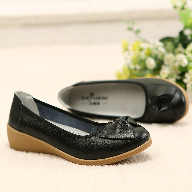 Genuine Leather Women Flats Shoes New Slip On Woman Moccasins Leather Loafers Brand Designer Bow Sapato Feminino Casual Shoes
