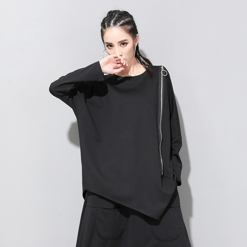 [EAM] 2020 New Spring Autumn Round Neck Long Sleeve Black Oblique Zipper Irregular Hem Big Size T-shirt Women Fashion Tide JQ706 7